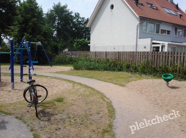 Spechtrand 26/Koperwiekstraat 51