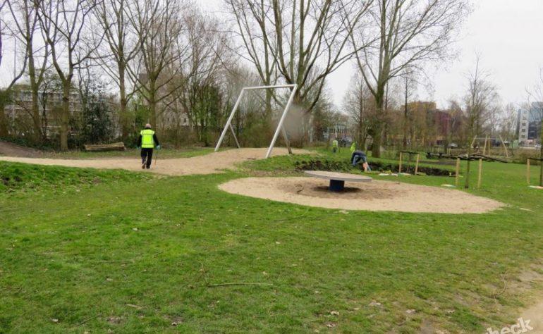 Natuurspeelplaats Groenhovenpark in Gouda