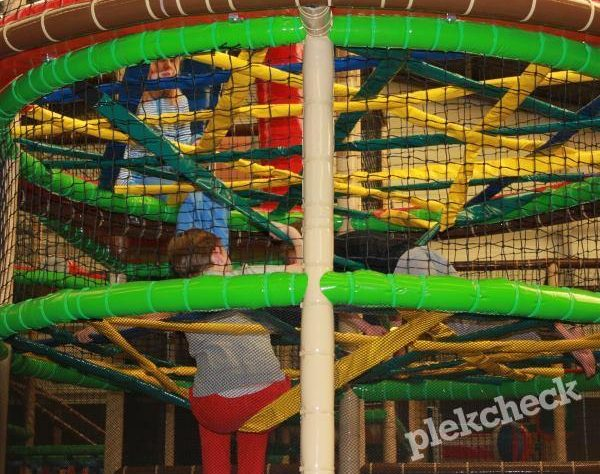 Binnenspeeltuin Monkey Town in Spijkenisse
