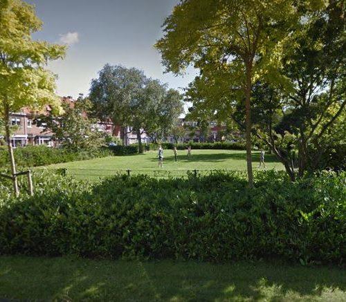 Grasveld voetbalveld De Ruijterplein haarlem