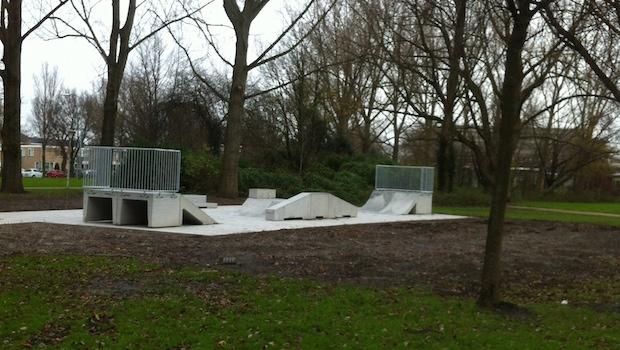 Skatebaan in Burgemeester `t Veldpark Zaanstad