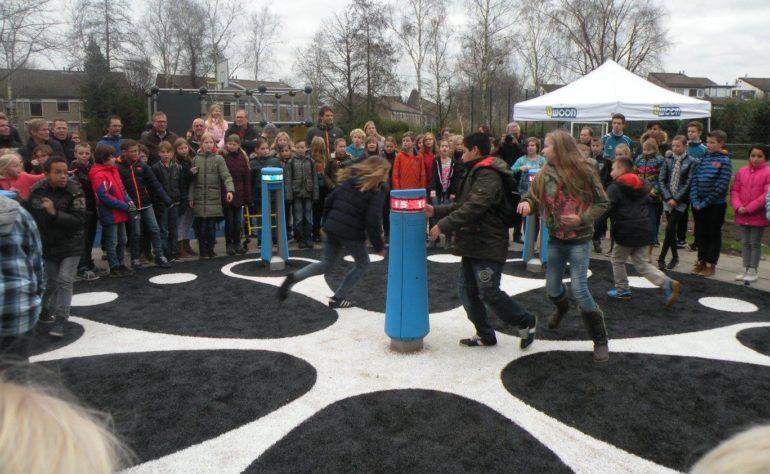 Kunstgrasveld Klaproospad, Voetbal, Basketbal en Memo