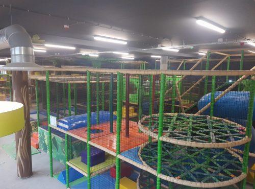 Binnenspeeltuin Monkey Town Maarssen indoor speeltuin